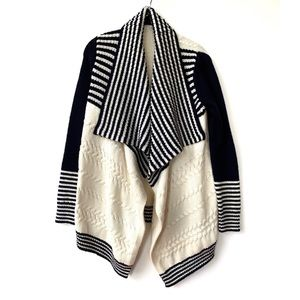 Gap | Navy and Cream Chunky Knit Open Cardigan